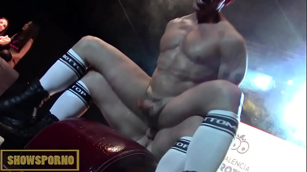 Anal fuck, Stage