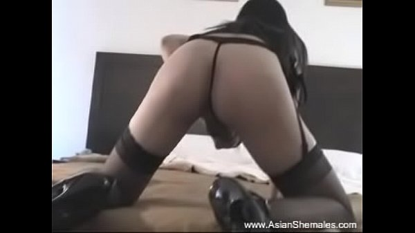 Thai ladyboy, Asian show