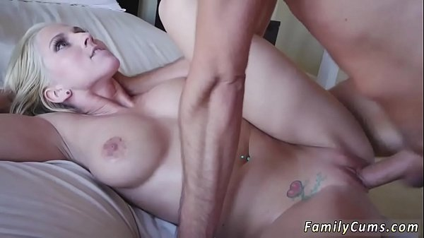 Real mom, Patron, Amateur threesome